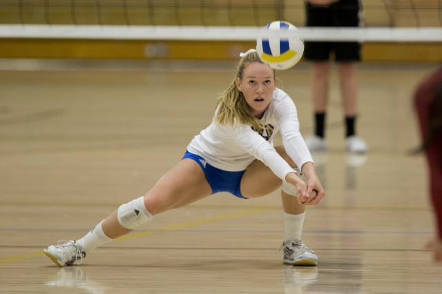 Sophomore outside hitter Reily Buechler said freshman Zana Muno was pivotal in the Bruins win over the Ducks. Muno had 48 assists in the match. (Aubrey Yeo/Daily Bruin senior staff)