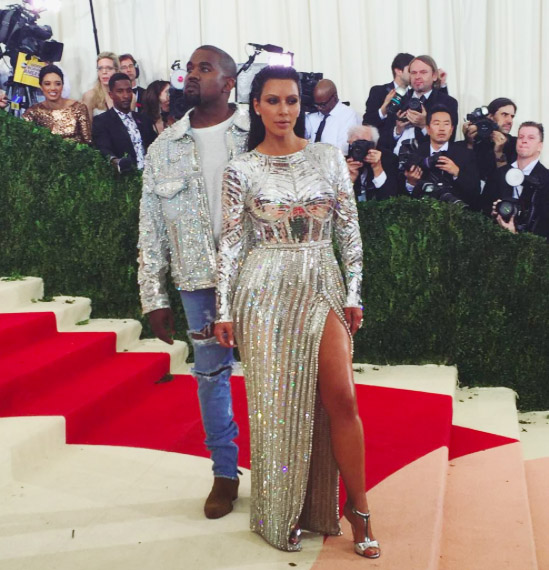 Love Hate Does The Art Of Fashion Benefit From Celebrity Models At The Met Gala Daily Bruin