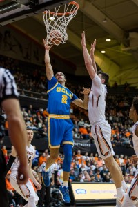 Freshman guard Lonzo Ball had a team-high 23 points to help No. 2 UCLA take down Oregon State on Friday evening. The Bruins' 76 points is their lowest of the season behind late November's win over Texas A&M, where they scored 74. (Jintak Han/assistant Photo editor)