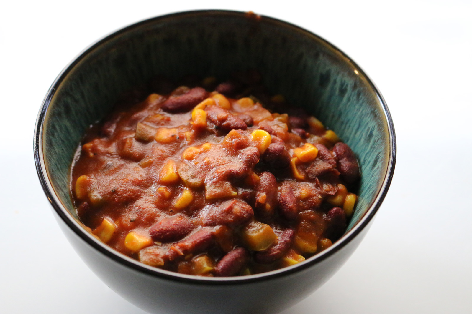 Dorm Dining Vegan Rice Cooker Chili Delivers Complex Flavors Despite Simple Recipe Daily Bruin
