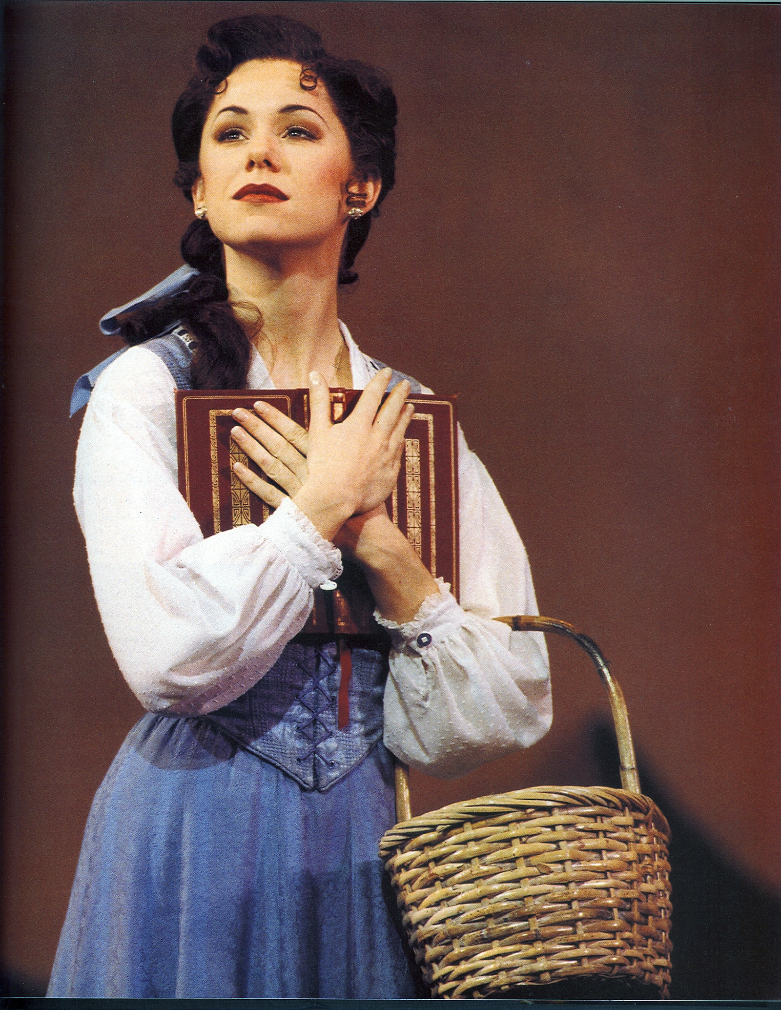 Q A Alumna Discusses Her Experience As Original Broadway S Belle Daily Bruin