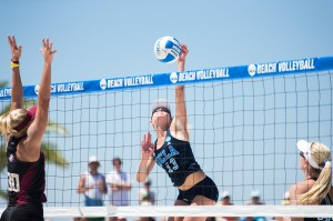 Reminiscent of last season, UCLA beach volleyball fell to Pepperdine and USC early in the season. This year, however, the Bruins lost in heartbreaking fashion – two 2-3 losses – whereas they were swept 0-5 both times last season. (Daily Bruin file photo)