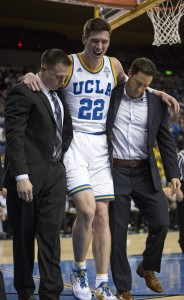 Freshman forward TJ Leaf won't return in Wednesday's game against Washington after spraining his ankle early in the first half. (Keila Mayberry/Daily Bruin staff)