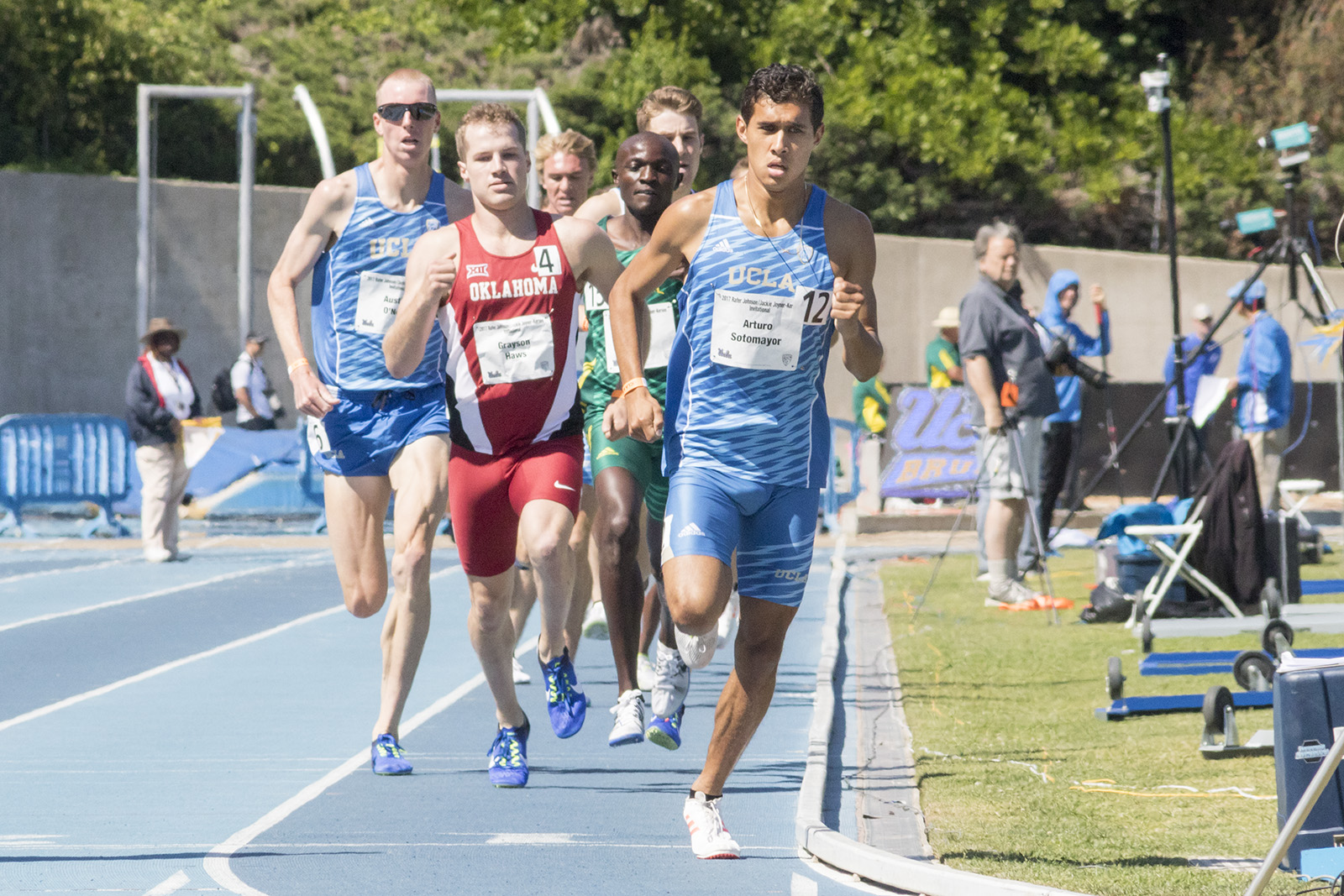 Men's track and field debuts top athletes at invitational - Daily Bruin