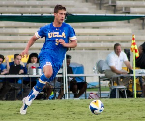 Freshman forward Santiago Herrera and the rest of the UCLA men's soccer team was unable to put up a goal on Sunday. The Bruins scored five goals in their game Thursday. (Habeba Mostafa/Daily Bruin)