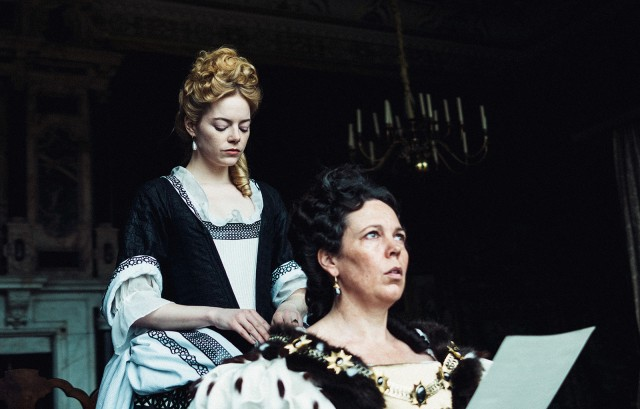 Movie review: 'The Favourite' pokes fun at aristocrats' struggle for power  - Daily Bruin