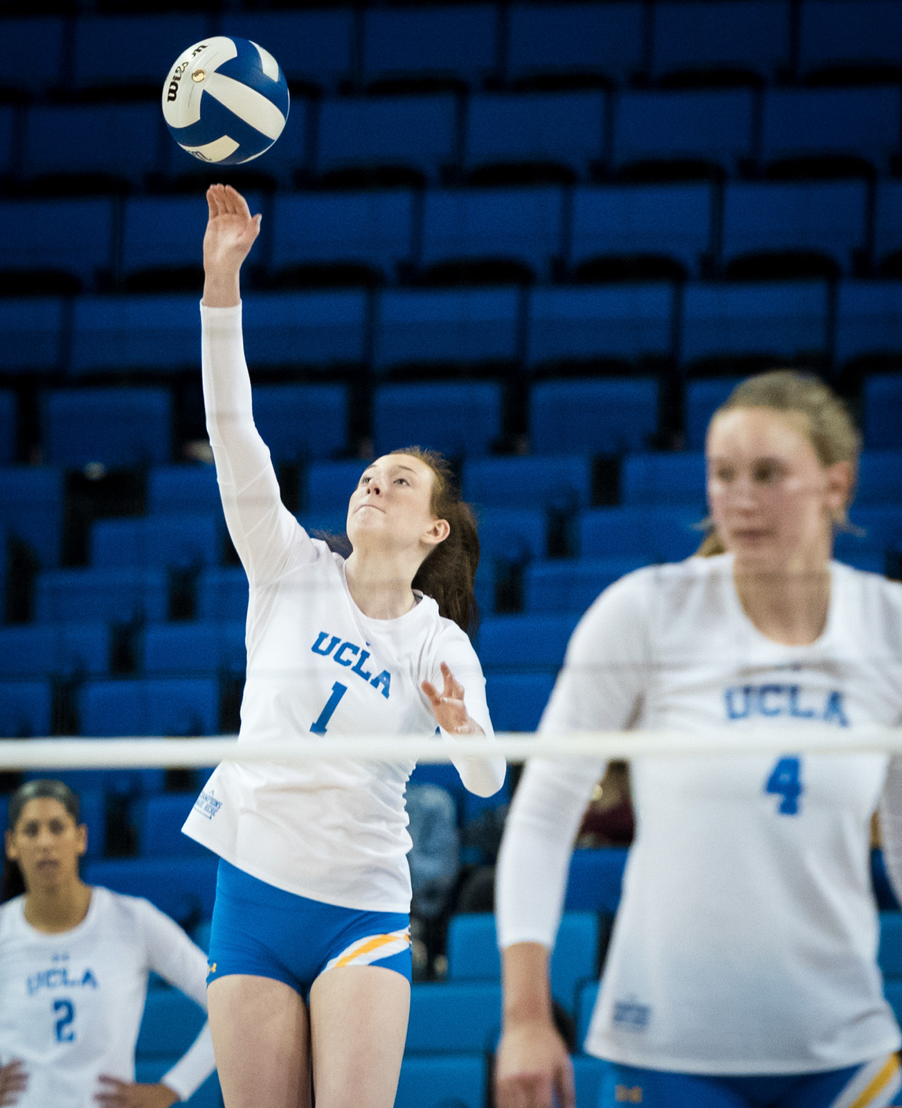 Women S Volleyball Has Mixed Record Going Into Play Against Ranked Pac 12 Teams Daily Bruin