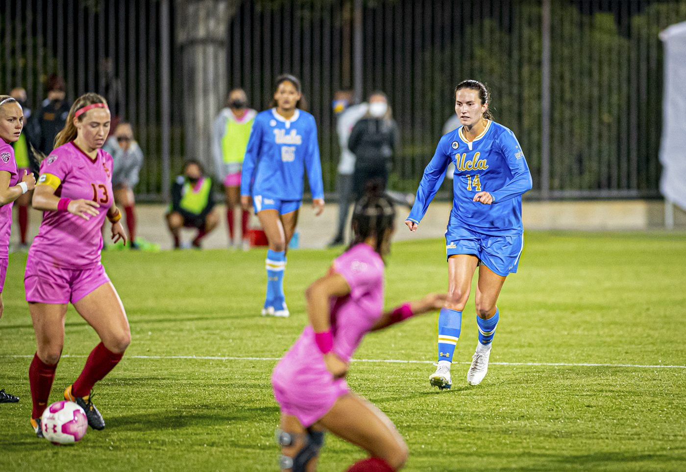 UCLA women's soccer prepares to face USC in final conference matchup of season - Daily Bruin