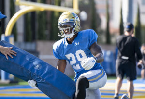 (Esther Ma/Daily Bruin)