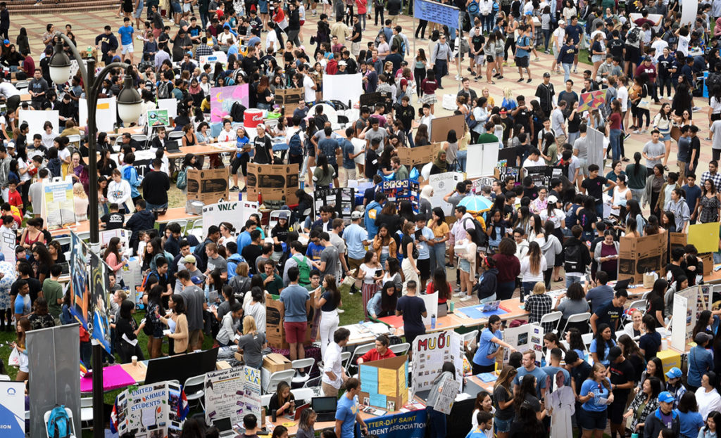 The Enormous Activities Fair boasts over 500 clubs and organizations for students to learn more about. Taking place in front of Royce Hall, this fair attracts students new and old. ((Daily Bruin file photo)