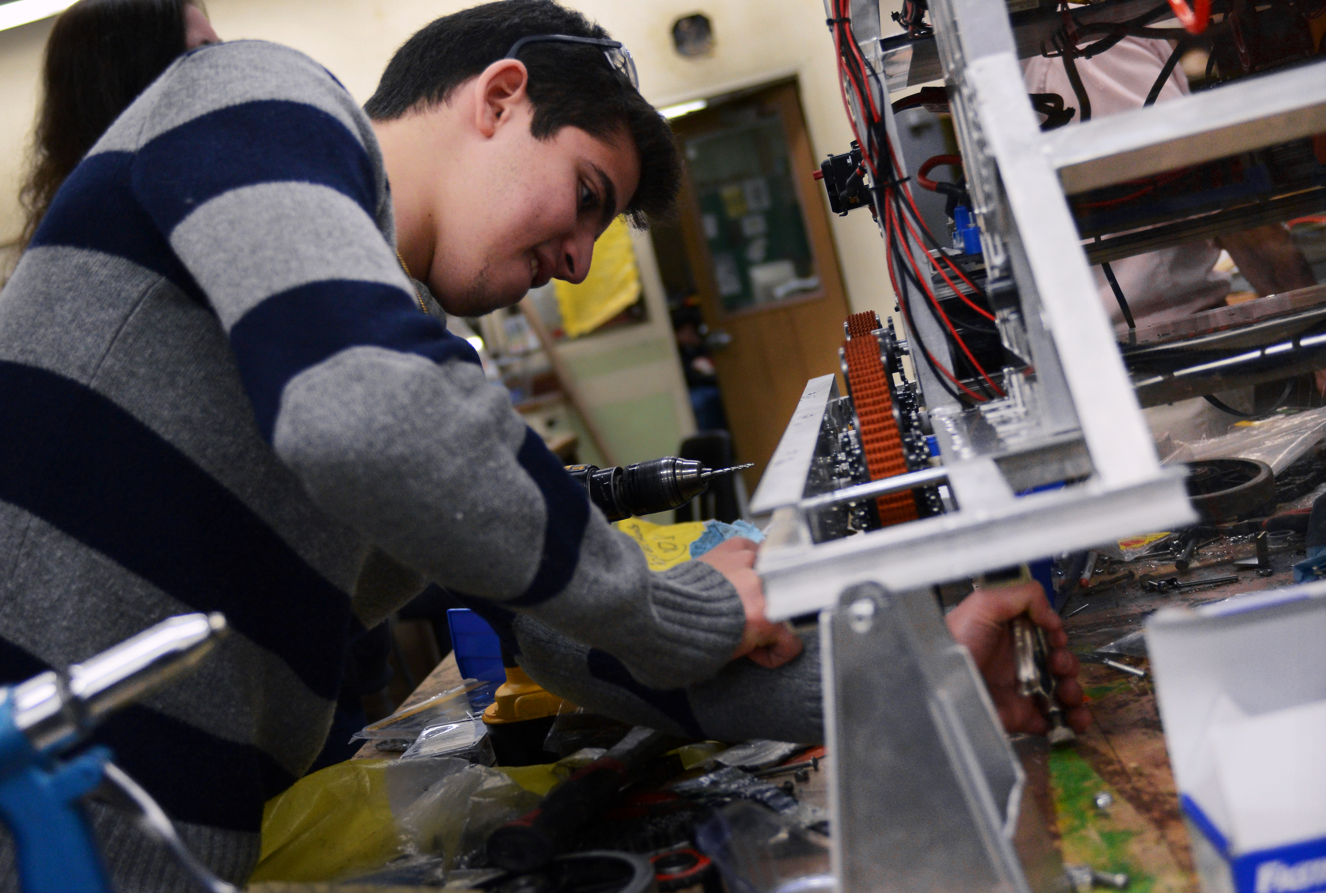 UCLA engineering students put expertise to use by ...