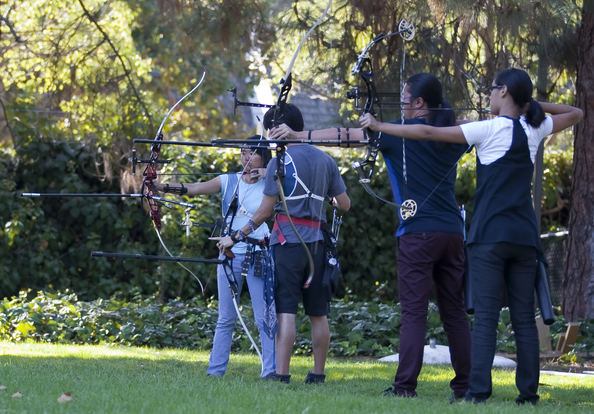 The members of UCLA's Club Archery team, who came in fourth at Nationals last year, practice at Sycamore Fields afternoons Wednesday to Sunday. The team held New Archers Week, a festival put on to recruit new members, on the Intramural Field last week. The location change from the team's practice field helped the team boast a heavy turnout of interested new archers.