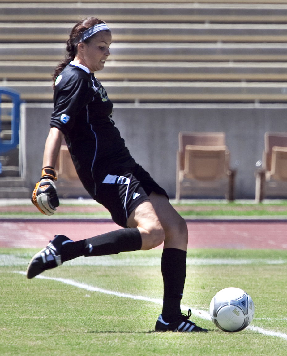 Sophomore goalkeeper Katelyn Rowland was a major catalyst behind UCLA's two weekend wins.